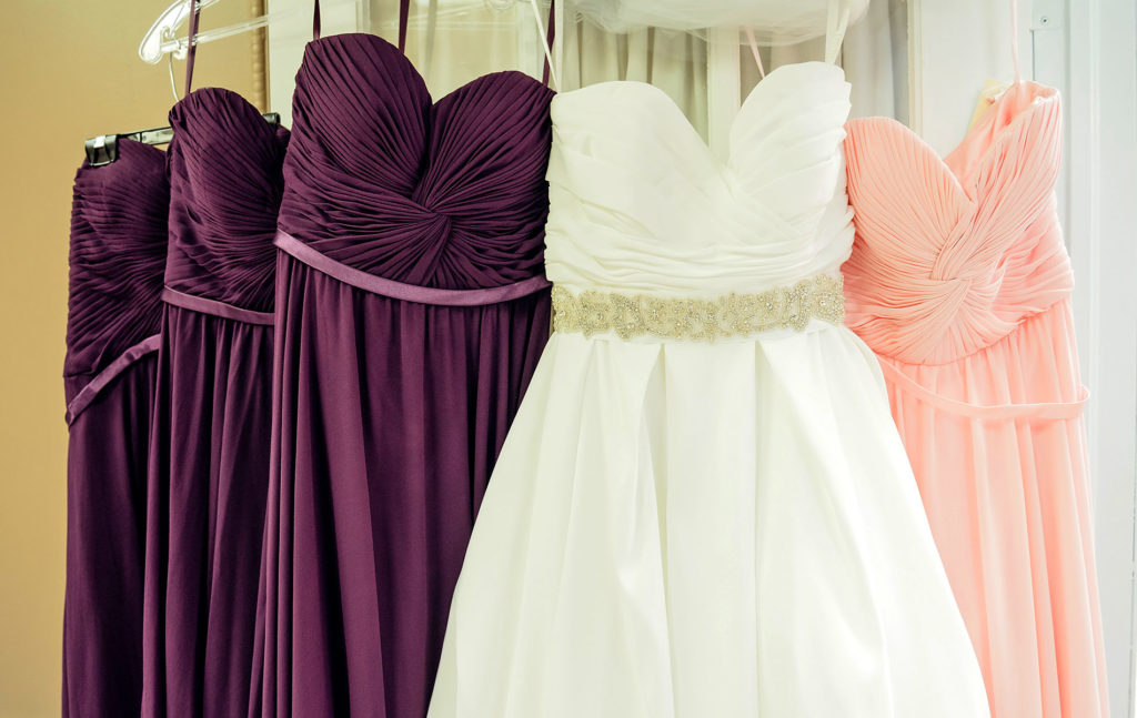 Where To Shop For Lovely Bridesmaid Dresses Without Harming Your Budget